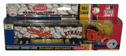 MLB Baseball San Francisco Giants  Fleer Peterbilt Tractor T